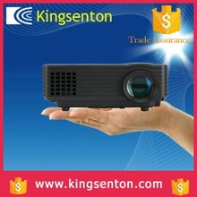 2015 Christmas Gift Projector Low Price 360 Degree Flip Unic Uc40 Projector Pico Mini LED Beamer for Business Meeting
