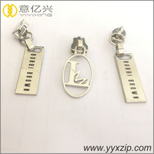 Custom logo Zinc Metal Flat Zip Puller and Slider With Plating silver For Bag