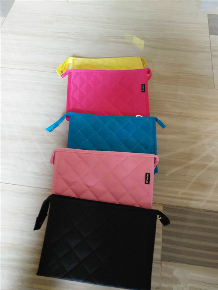 Hot sales custom travel makeup bag blank wholesale colorful quilted cosmetic bag_14.jpg