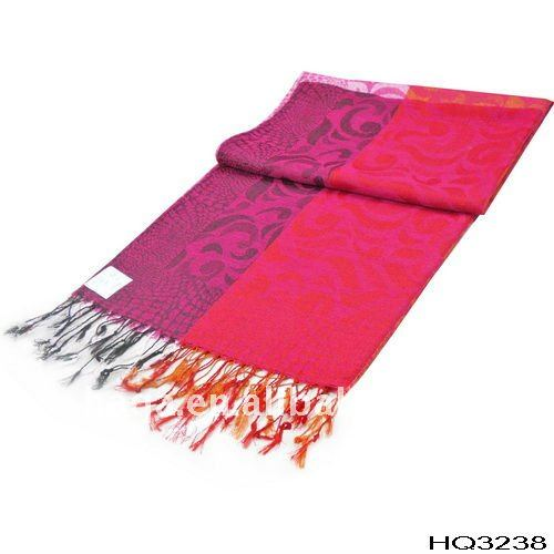 Indian pashmina shawls and scarves