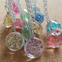 Fashion jewelry round shaped dried flower natural glass necklace handmade dry flower pendant
