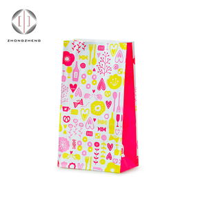 Fashion Wholesale Worth buying best selling Cheap door gift paper bag