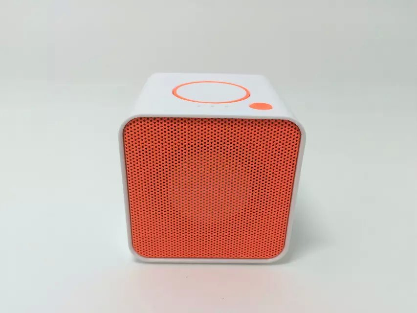 Cute Cube wireless Speaker Portable Mini Bluetooth Speaker Surround Music Amplifier with FM Radio MP3 Player
