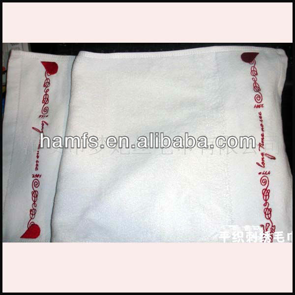 Cotton white badminton sports towel with EMBROIDERY LOGO