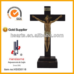 Wooden Cross with polyresin jesus statue