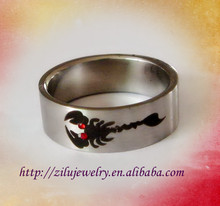 Surgical Steel 316L Stainless Steel High Polish Finish scorpion with red eyes silver men's Ring Band