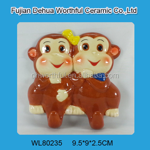 2016 new design ceramic wall hooks in double monkeys shape