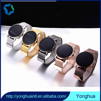 2017 Fashion and nice shape wearable technology smart watch