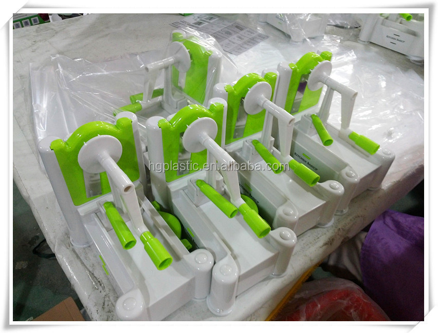Tri-blades vegetable and fruite spiral slicer(GREEN) ,turning slicer ,vegetable cutter and slicer with adjust blades