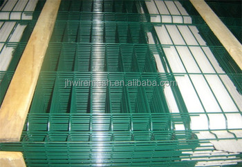 hot sale powder coated welded wire mesh fence panels in 6 guage