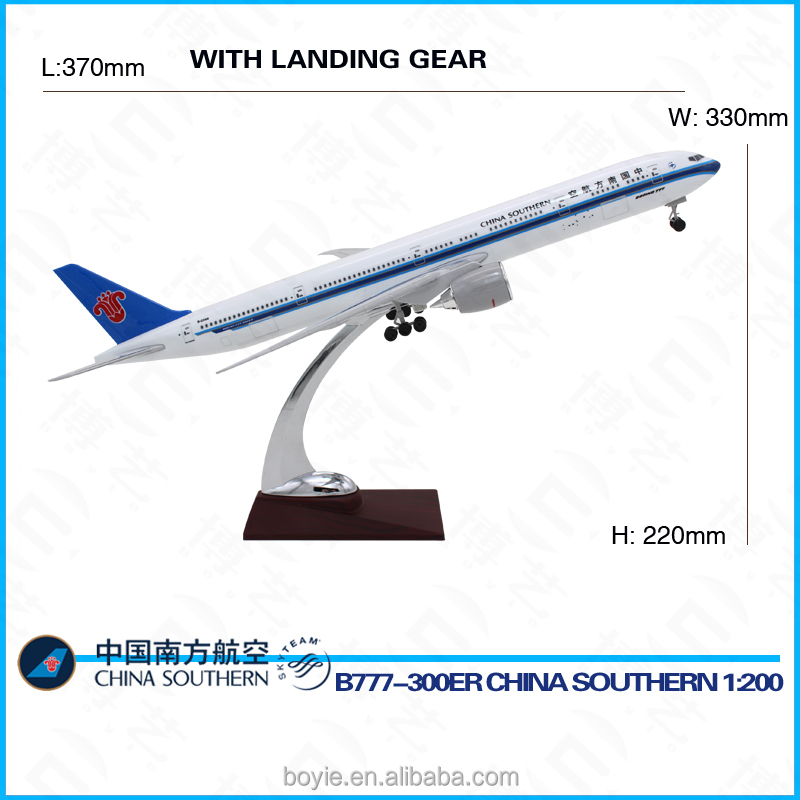 Real scale 37CM B777 boeing China Southern 1:200 flying model aircraft kits with logo for display