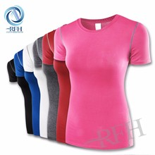 Custom wholesale woman fitness dry fit breathable running clothes