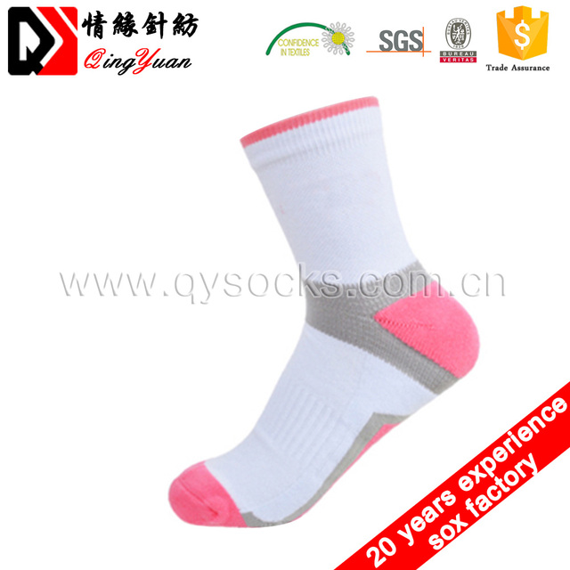 New wholesale White Terry socks striped men's socks colorful cotton sport ankle socks