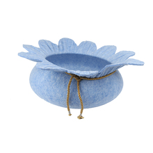 Wholesale Cute Flower Shape Felt Cat Bed Cave , Eco Friendly 100% Wool Felt Beds for Cats and Pets