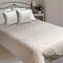Factory customized luxury thick quilt,microfiber quilt,polyester bed quilt