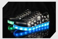 Hot Sale Cheap New Product skull kids shoes unisex led shoes Flash Night Luminous Sneakers Children Yeezy led