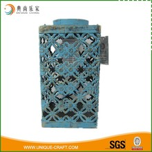 Wholesale Solared Light In Blue Teal Vintage Cubiod Hollow Metal Lantern