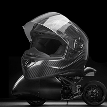 Latest Design Germany Style Cool Luxury Carbon Fiber Black Motorcycle Helmet 2017