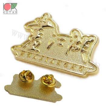 3D design pin badge lapel pin fashion 2019 zinc alloy injection gold plating new design