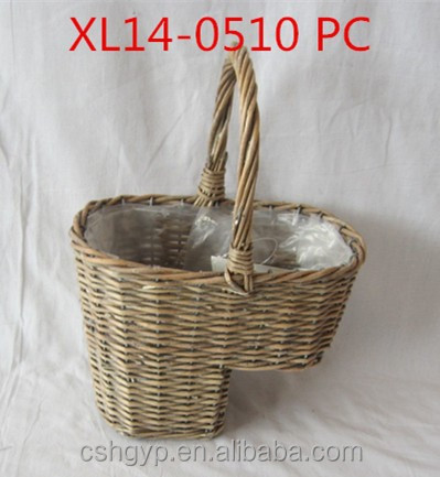 Stairs willow basket with liner