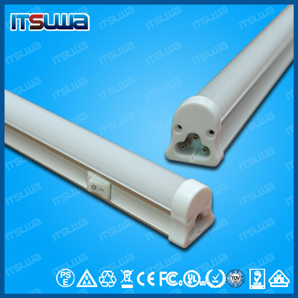 Integrated T5 Tube LED Light Source and CE,SAA,RoHS,UL,C-tick Certification Fluorescent Light Fixture