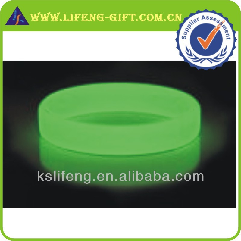 Silicon Colorful Custom Glow In Dark Wrist Band