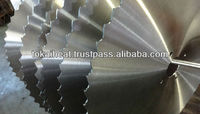 Saw blade body fabrication heat treated and tensioned with good durability and flatness