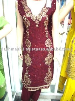 Ladies' salwar Suits