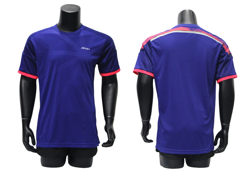 Guangzhou wholesale bulk boy football jersey/soccer jersey set