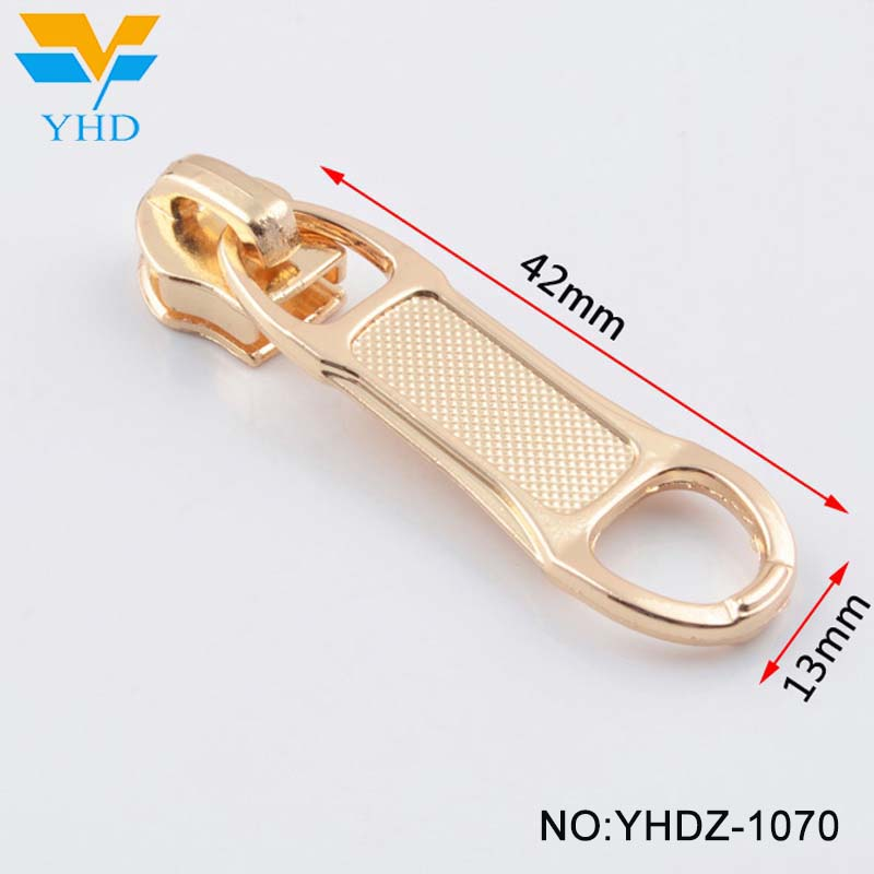 Factory direct sale fashion gun color custom size metal reversible luggage zipper slider