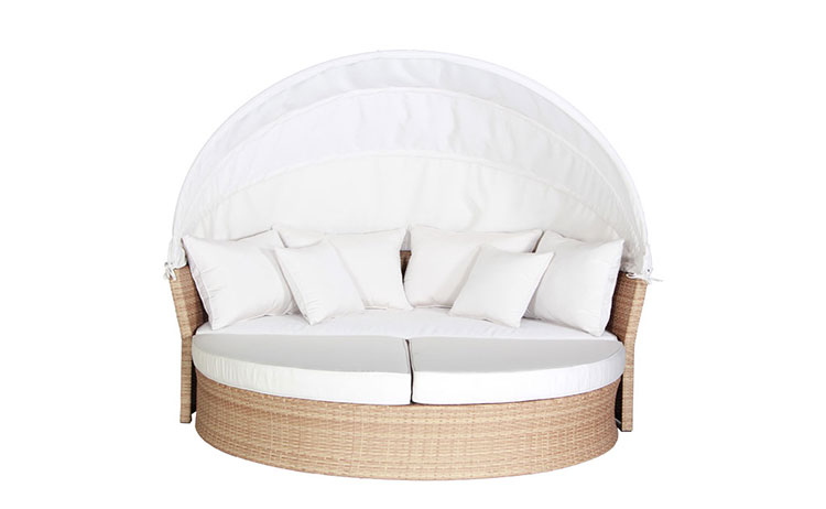 Custom stylish garden patio  wicker day bed