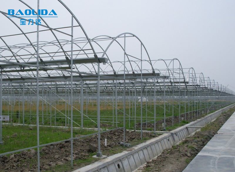 Galvanized Steel Truss Greenhouse With Pipe View Pipe