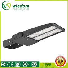 diecasting outstanding versatility led parking lot luminaire