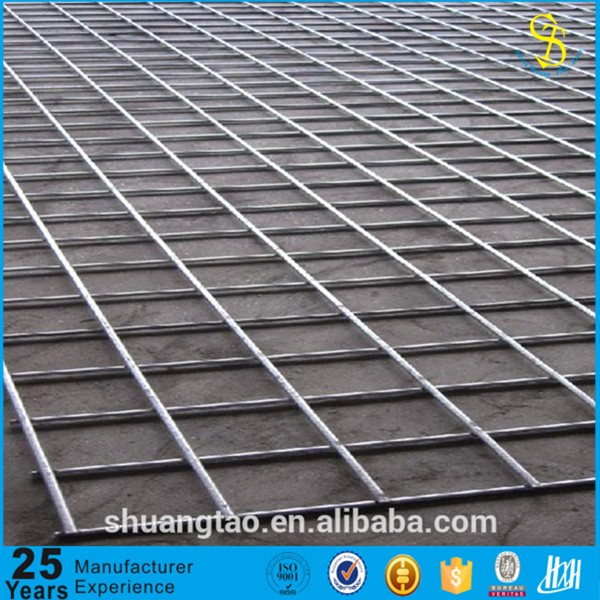 Environment protection Professional producer galvanized welded rabbit cage pvc coated wire mesh fence