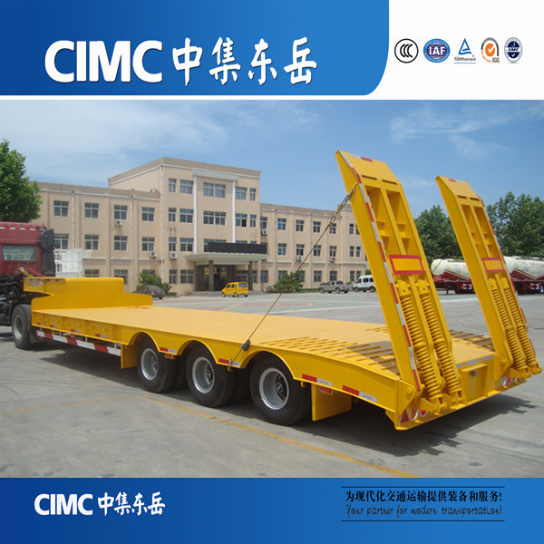 CIMC China 3 Axle Super Heavy Lowbed Truck Trailers for Forest and Oilfield Industries