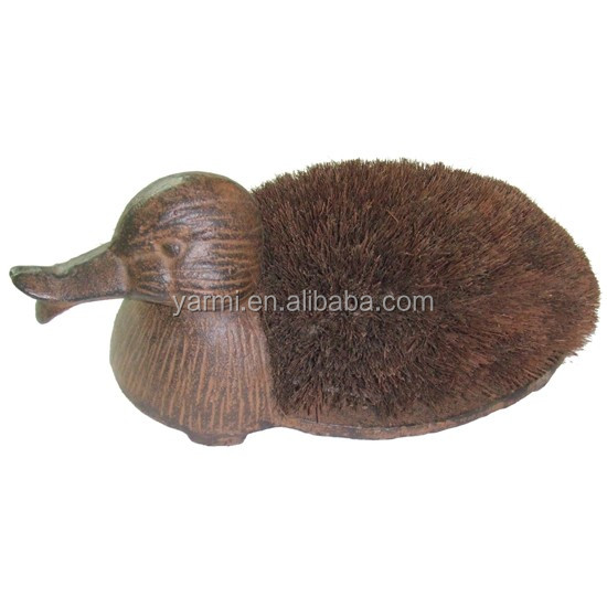 OUTDOOR CAST IRON ANIMAL SHOE BRUSH