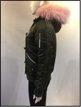 Wholesale High Quality Winter Short Bomber Quilted Down Flight Jacket/ Army Force Large Fake Raccoon Fur Coat