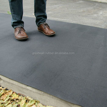 Great Wall 3 mm Thickness Hardenss 70 Duro Black Pyramid Rubber Sheet Anti slip rubber flooring A Grade