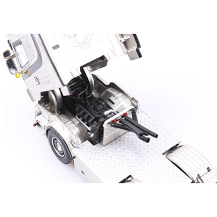 Customized die cast tractor With Good Quality