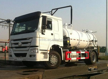SINOTRUK HOWO Sewage Suction Tank Truck For Angola