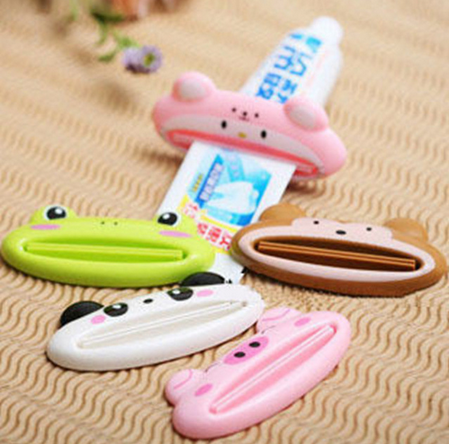 1 PCS Cartoon Toothpaste Squeezer, Tube Rolling Holder Squeezer Easy Toothpaste Dispenser, Bathroom Sets