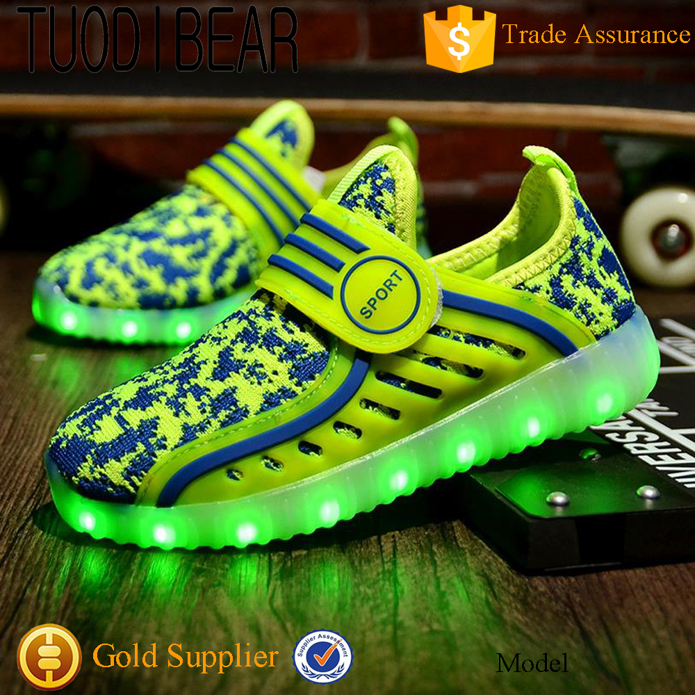 2017 Wholesale sneakers China Import Led Leisure Shoes Items KIDS Glowing Flashing GIRLS Shoes