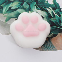 Wholesale 2017 most popular animal squishy toy high quality cute environmentally materia mini soft squeeze toy