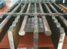 Offshore steel grating
