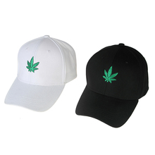 Promotional cotton metal buckle adjustable size maple leaf embroidered baseball caps canada