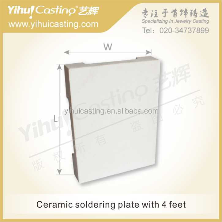 Ceramic soldering plate with 4 Feet