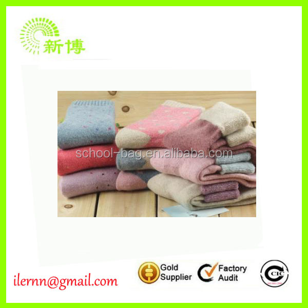 Fashion Colorful felt christmas socks for promotion