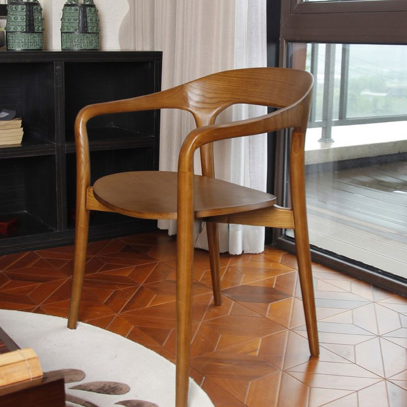 dining chair with curved plate
