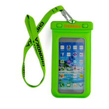 Customized pvc waterproof phone bag waterproof dry pouch for phone 7 / se / 8 / 8 plus