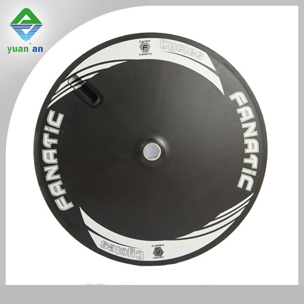 China carbon disc wheels 700c 20.5mm width carbon clincher disc wheel matte glossy finishing OEM&ODM